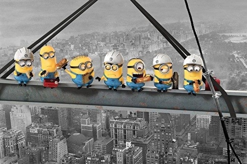 Pyramid International Maxi Poster Despicable Me Minions Lunch On A Skyscraper Renkli